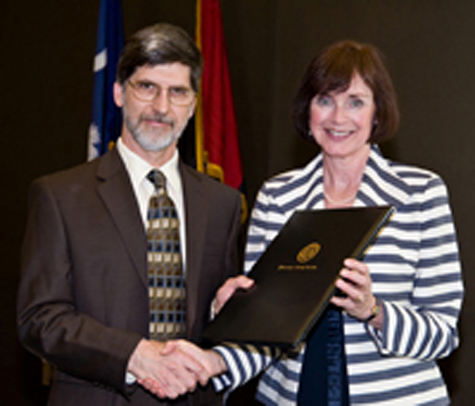James Cutsinger receiving Mungo Distinguished Professor of the Year 2011