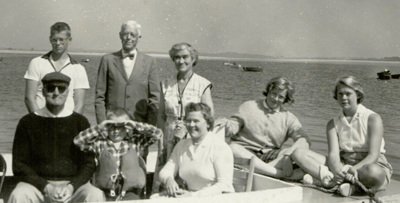 Dumond & Elizabeth Clarke with Lewis family 1958