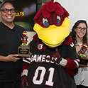 USC mascot hands out 15th Cocky Award to Tide ad team execs