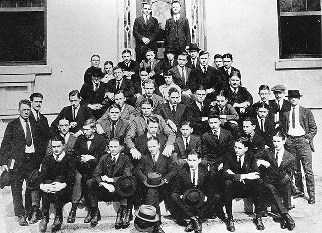 first business school class in 1919