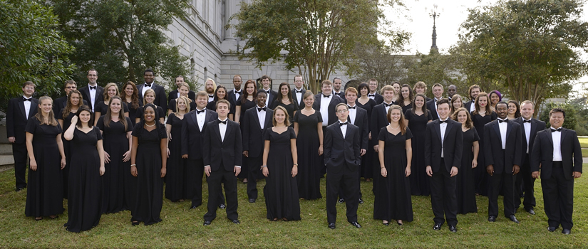Concert Choir on statehouse lawn