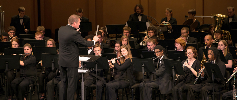 Symphonic Winds and Jayme Taylor