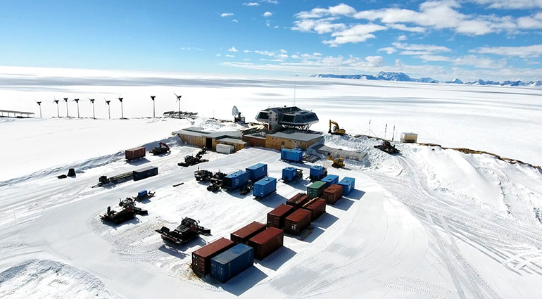 Basecamp The Princess Elisabeth, a Belgian research station situated on a small Antarctic mountain range, served as home base for researcher Lori Ziolkowski